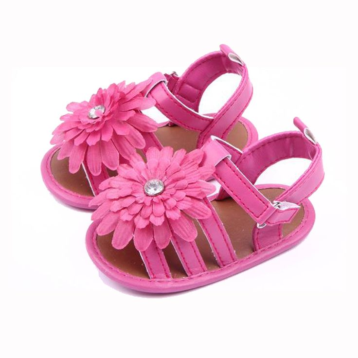 Newborn, baby, and toddler girl sandals with giant flower $4.22 from Aliexpress