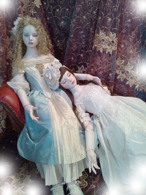 Koitsukihime Doll / Opheliel head sculpt. left : 記憶の行方 right : 水底の百合 / TBS Doll Show (2012)