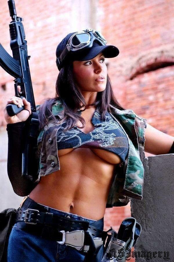 грудастые девушки милитари нас