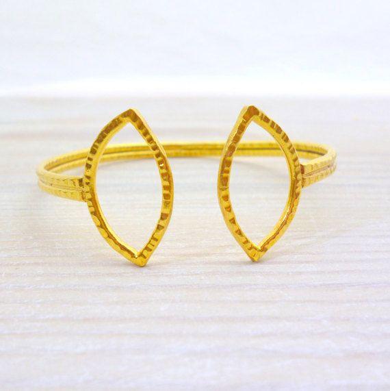 Hey, I found this really awesome Etsy listing at https://www.etsy.com/listing/269988723/bracelet-adjustable-bangle-open-bangle