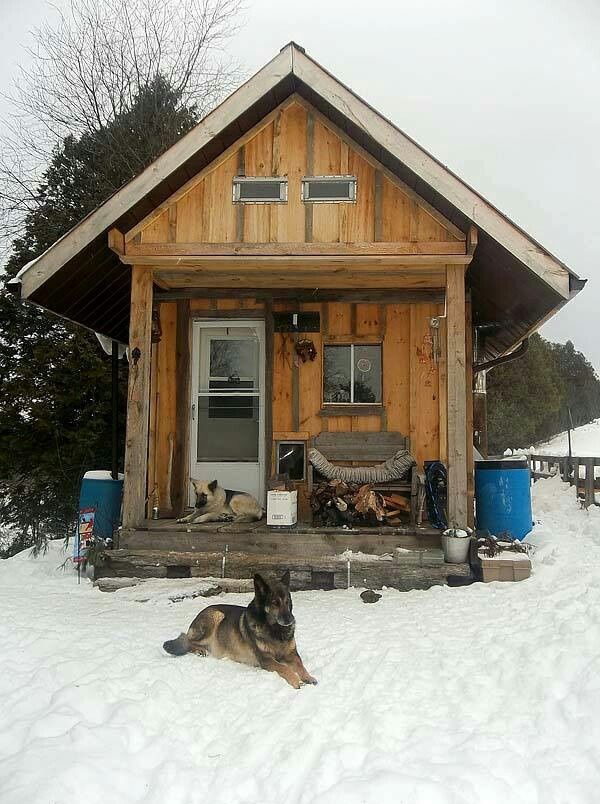 17 best images about cabin in the woods on pinterest log for Pole barn cabin