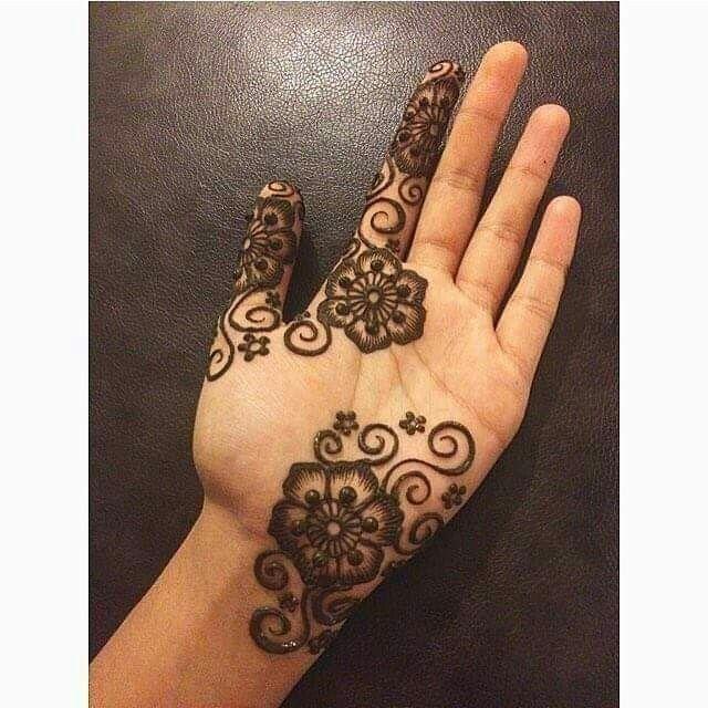 Pin By Raa On Tapak Tangan Henna Tattoo Designs Henna
