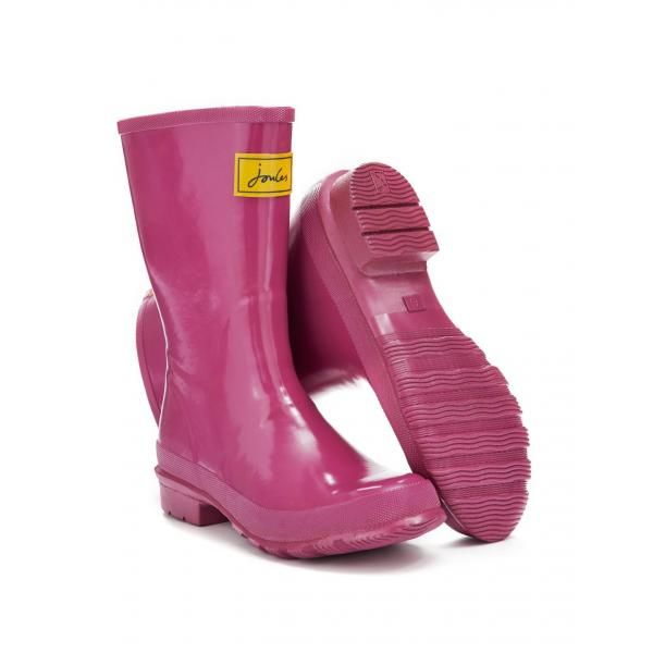 Joules Kelly Ladies Welly - £34.95 www.countryhouseoutdoor.co.uk - The Kelly Welly is a stylish ladies calf height welly. Mid-length they have a glossy finish and are a wider fit. Ideal for slipping on to water the plants or for walks in the countryside the Joules Kelly Ladies Welly are a practical and stylish way to keep your feet dry.