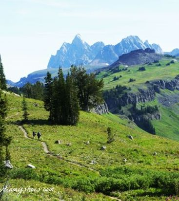Hike! One of the most spectacular trails in all of the national parks: the Teton Crest Trail - Grand Teton National Park  || Dirt In My Shoes