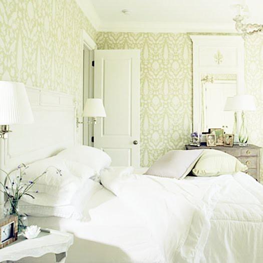 Green green green: Guest Bedrooms, Bedrooms Design, Soft Colors, Bedrooms Wallpapers, Master Bedrooms, White Bedrooms, Style Guide, Guest Rooms, Bedrooms Decor Ideas