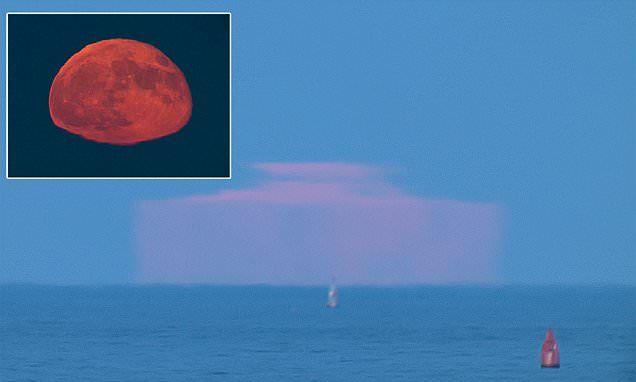 Невероятные прямоугольный луна прицельно Спаркс теории инопланетного заговора