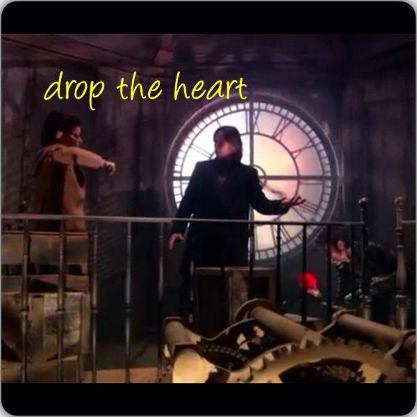 Belle: drop the heart Poor hook... I'm glad belle came and saved him ❤️