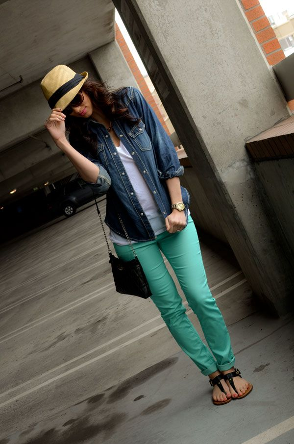 CarahAmelie - Outfit Ideas - mint skinnies, Denim chambray shirt w white tee and black strappy sandals