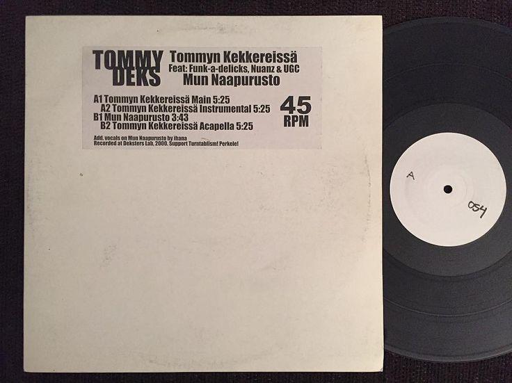 """Suomirap-vinyylit osa 51: Tommy Deks - Tommyn Kekkereissä / Mun Naapurusto 12"""" - omakustanne 2000 - Tommy Deksin ainut julkaisu. Feateista löytyy Funk-A-Delics Nuanz UGC ja Ihana. Levyn tarrassa lukee: """"Support Turntablism! Perkele!"""". Ja @mckosola toivoo aina et soittaisin tätä bileissä :) #suomirapvinyylit #suomiraplevyt @kultabassokerho #tommydeks #tommynkekkereissä #munnaapurusto #omakustanne #funkadelics #nuanz #ugc #ihana #turntablism #perkele by djsirjake http://ift.tt/1HNGVsC"""