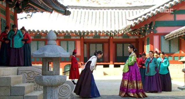 The moon embracing the sun hanbok queen