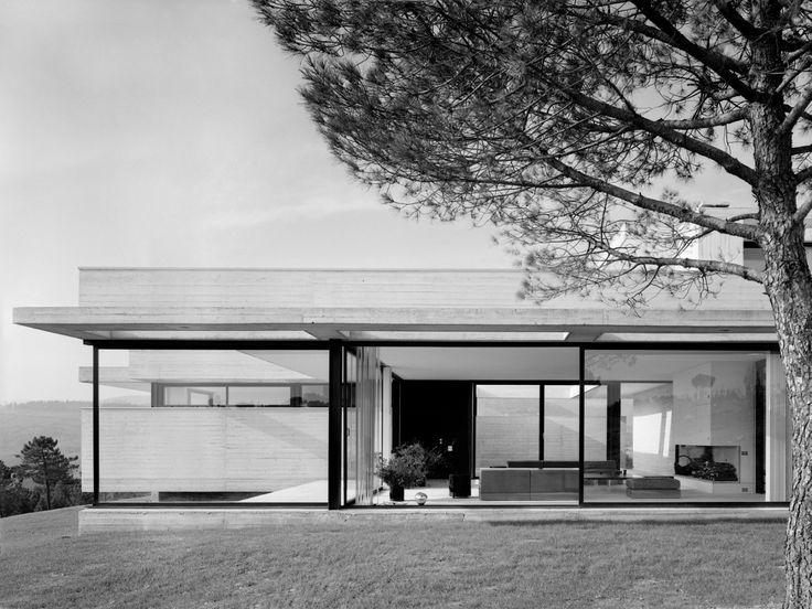 Villa Brody, Greve in Chianti, 1973. Architect Roberto Monsani. Photo:Giorgio Casali.Università IUAV di Venezia - Archivio Progetti, Fondo Giorgio Casali.
