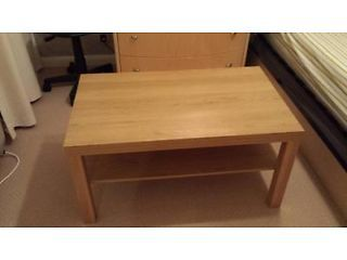 Coffee Table (Very Good Condition) Reading Picture 2