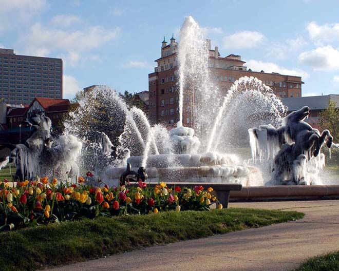 "Kansas City Missouri is known as the ""city of fountains"" with over 200 fountains that can be found around town. Description from storagelocations.com. I searched for this on bing.com/images"