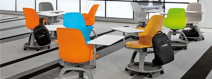 Destiné aux salles de formation, le siège node offre confort, flexibilité et rangement