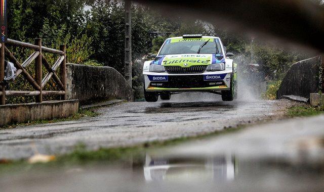Rallye Casino de Espinho 2016: Miguel Barbosa em 2º lugar, sobe a 3º no CNR