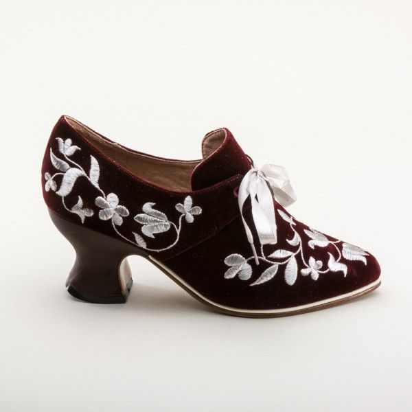 EXCLUSIVE! Louis Velveteen and Silver Court Shoes (Wine)