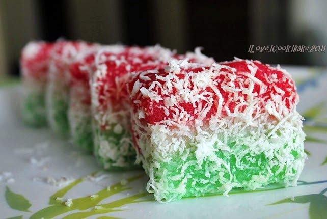 Pretty colors, simply delicious in taste, prefect sweetness and chewiness - really a must try :)            Recipe is from Ricke's site     ...