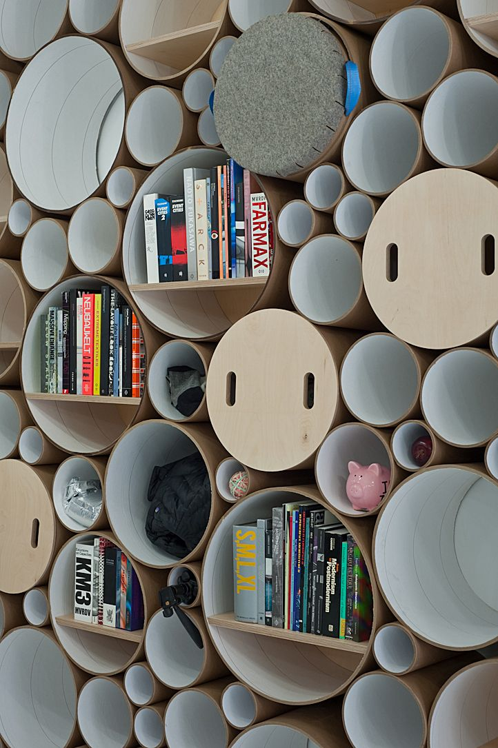 Idée d'organisation avec cylindre de carton - Blue Marlin | SOFTlab | Archinect