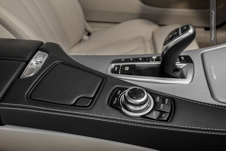 BMW 6 series idrive controler  more: http://premiummoto.pl/10/31/bmw-640i-xdrive-coupe-m-sport-edition-nasza-sesja #bmw #idrive #interior #detail