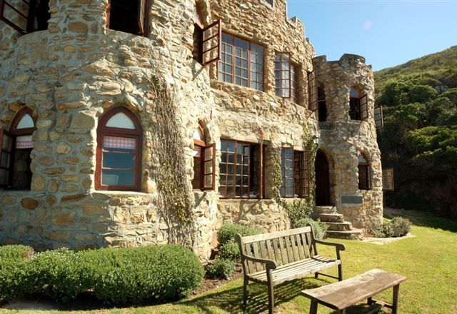 Lindsay Castle, Noetzie, Garden Route, South Africa  A well kept secret ... the perfect holiday destination Knysna Castles at Noetzie offers spectacular scenery, simple comfort and a variety of great activities such as hiking, fishing, whale watching, forest picnics, walking trails and swimming in fantastic surroundings.