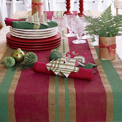 DIY Holiday Decorations: Christmas table runner