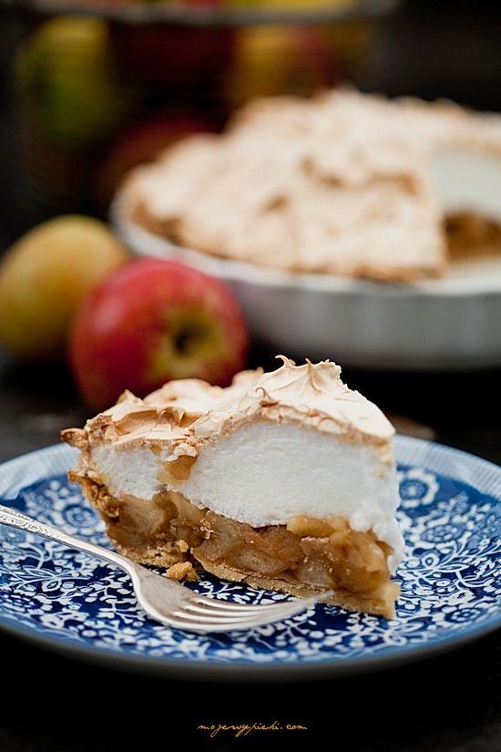 Apple Meringue Pie (Polish)