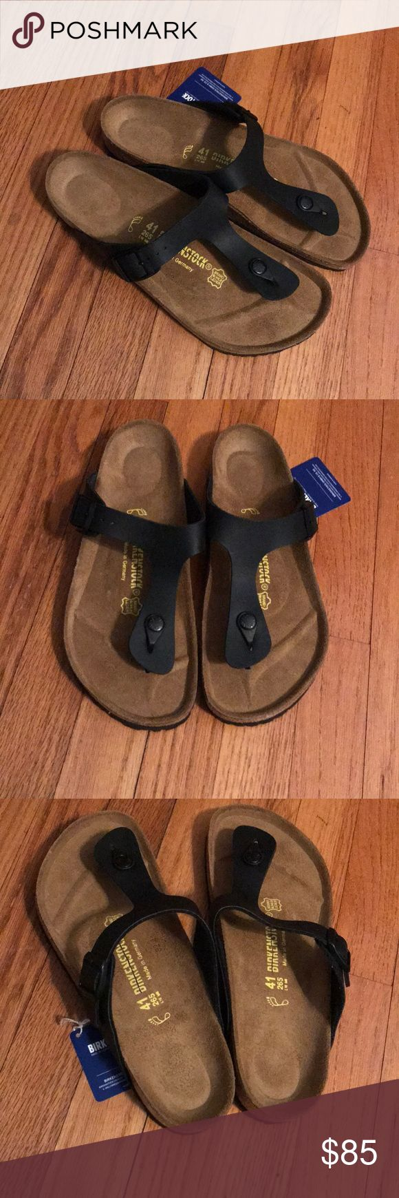 Birkenstock Gizeh NWT black Birkenstock Gizeh, does not come with box. This pair of sandals is also adjustable. Birkenstock Shoes Sandals
