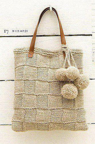 Damiers tout simples et pompons pour un joli sac écru