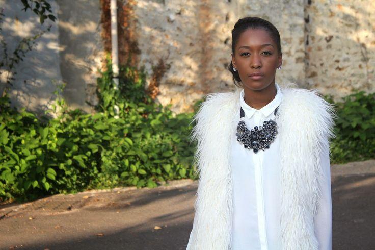 1.2.3 Paris - Mbem di Fora porte notre collier Wladimir #123paris #streetstyle #mode #blogueuse #hiver #ootd