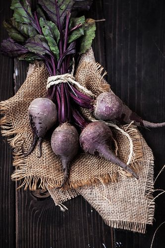 Beetroot belongs to the same family as chard and spinach. Typically a rich purple colour, beetroot can also be white or golden. Both the leaves and root can be eaten. The leaves actually have even more iron than spinach, as well as a higher nutritional value overall than the beetroot itself. Although beets have the highest sugar content of all vegetables, most people can safely eat beetroots a few times a week. They can help lower blood pressure, boost stamina, detoxify and fight…