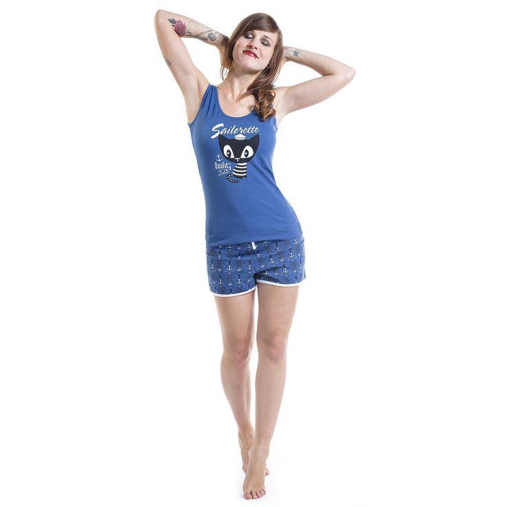 """Pigiama donna """"Seahorse"""" del brand #PussyDeluxe composto da top azzurro con stampa e pantaloncini con stampa allover."""