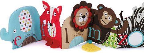 Julklapp till den lilla? Skip Hops fina ABC aktivitetsbok och många fler julklappar kan du hitta hos www.barabokstaver.se