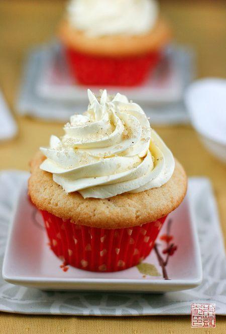 coconut cupcakes with yuzu buttercream