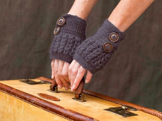 Google Image Result for http://www.ecouterre.com/wp-content/uploads/2011/11/indigenous-designs-button-wrist-warmer-537x402.jpg