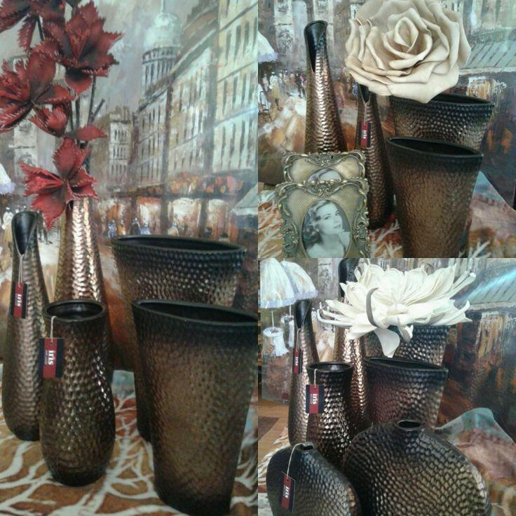 Ανανεώστε το σαλόνι σας με την υπέροχη σειρά διακοσμητικών βάζων σε αποχρώσεις καφέ μπρονζε !!!! www.irishomegallery.gr