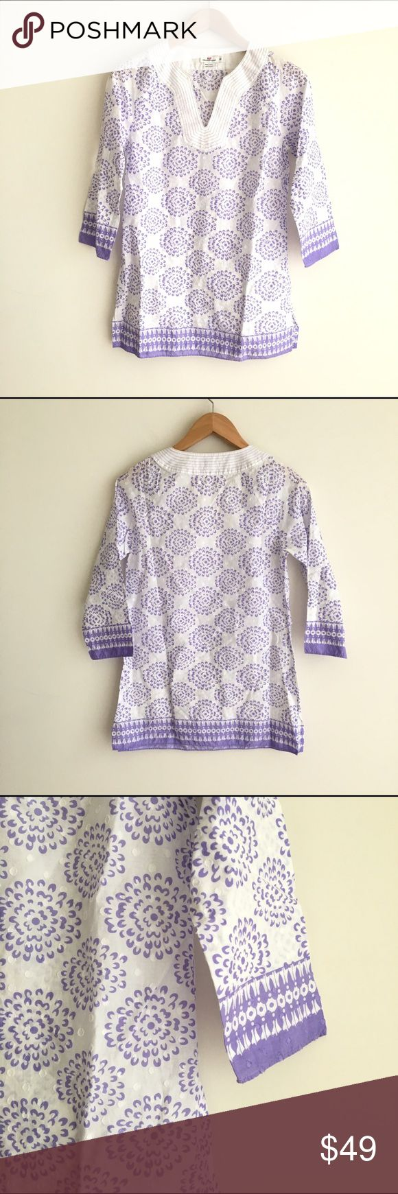 Vineyard Vines Purple Printed Cotton Tunic Top Light purple/lavender and white printed style. Loose fit through body. V neckline. Subtle dot print in fabric. Excellent condition. Vineyard Vines Tops Tunics