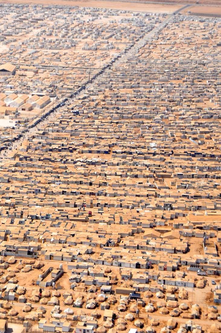 Bir Yer Nasıl Sırasıyla Yukarıdaki Fotograftan En Alttaki Fotografa Dönüsebilir - www.ajansoran.com