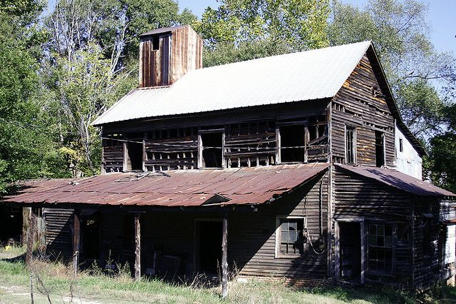 abandoned farm in gastonia, north carolina
