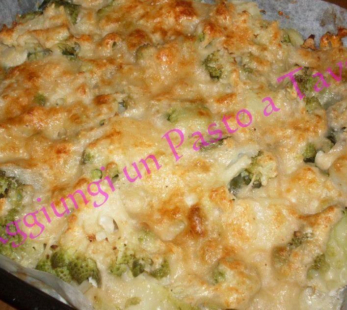 Broccoli siciliani gratinati al forno. Ricetta dai mille volti: contorno rinforzato, ma anche antipasto vegetariano, o addirittura secondo piatto.