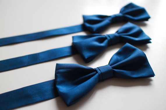 Royal Blue Satin Bow Tie for Men by everDapper on Etsy