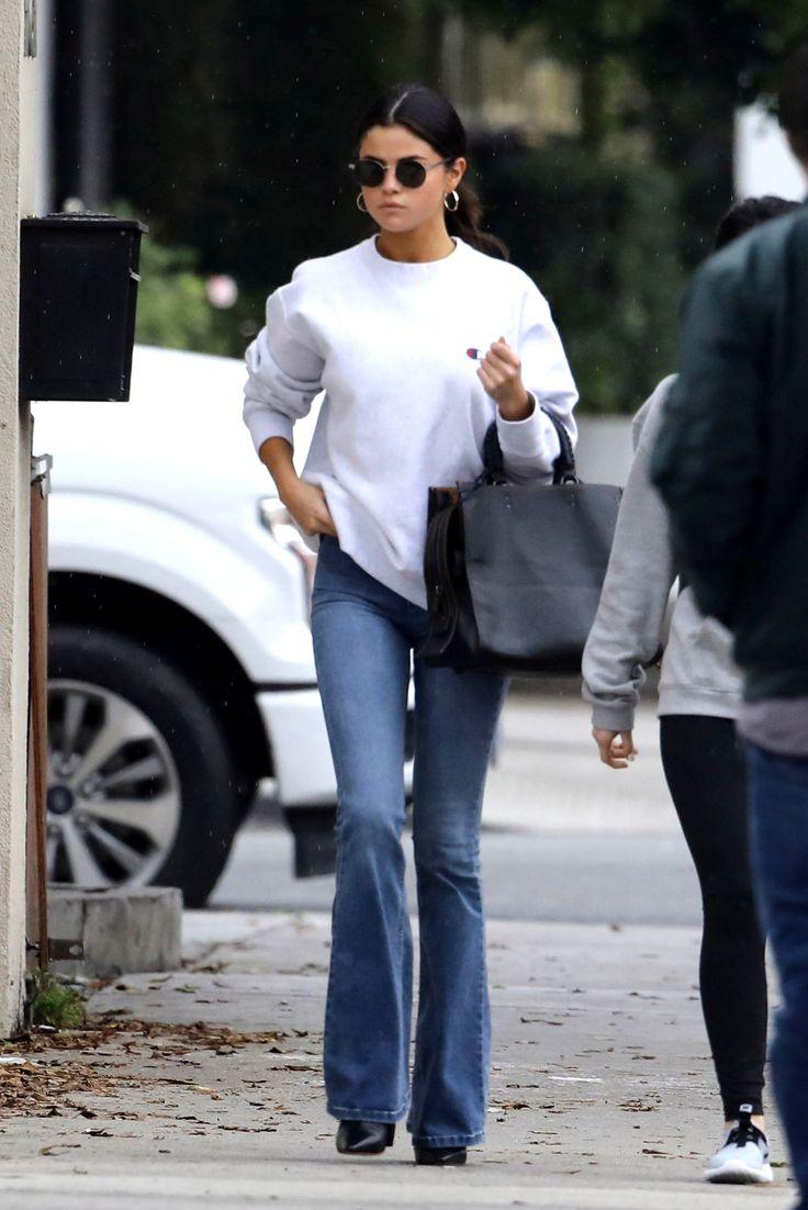 February 10: Selena leaving Gyu-Kaku in Torrance, California [HQs]