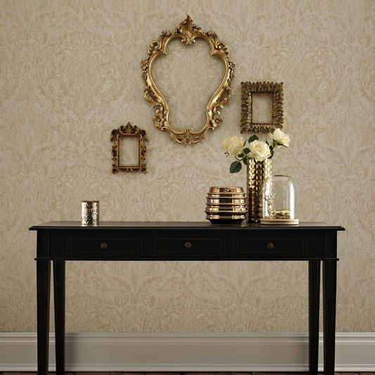 25 best ideas about cream and gold wallpaper on pinterest for Burlesque bedroom ideas