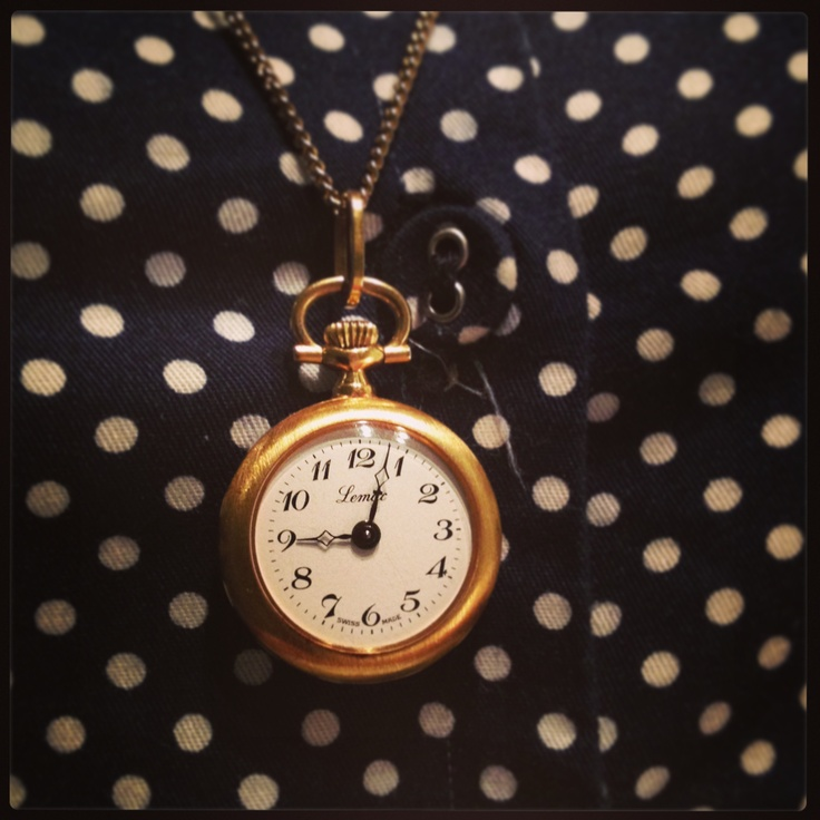 Morning gift. Vintage pendant watch.