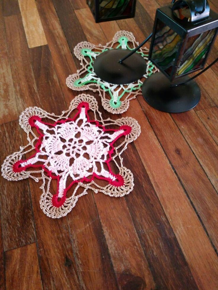 Set tapete estrella, diseño de K.  Ichida, patrón n°5, revista ganchillo artístico n°97