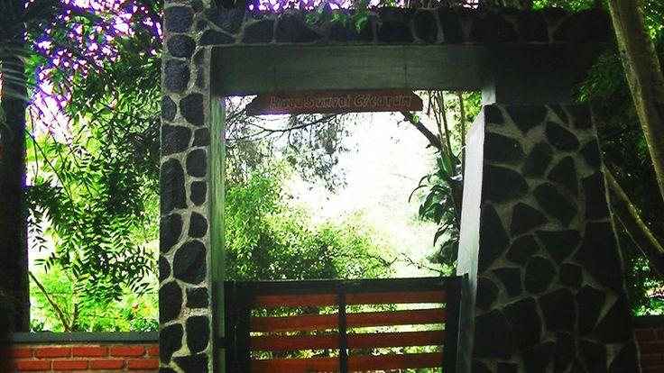 Gerbang Menuju Mata Air Pangsiraman di Hulu Sungai Citarum