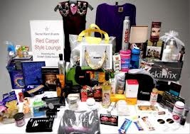 Giving all kinds of gifts at your event. Cadence Meetings can help you find the right ones.