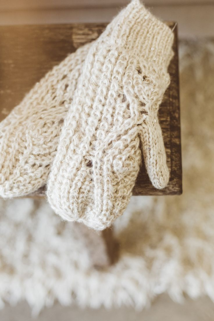 Got your gloves? If not, Mint Velvet have. #ChristmasWishes