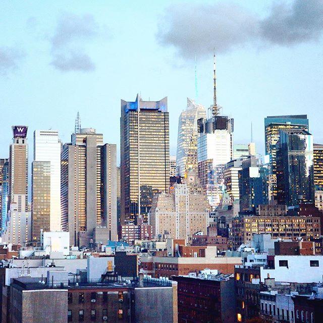 Skyscrapers in New York City #newyork #usa #skyscraper #sky #landscape #city #citylife   www.haisitu.ro