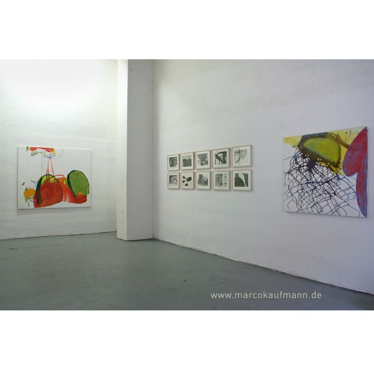 """exhibition view at gallery Milledeair/Berlin """"KoColores"""" 2007 with paintings by Marco Kaufmann and drawings by Jochen Schneider"""