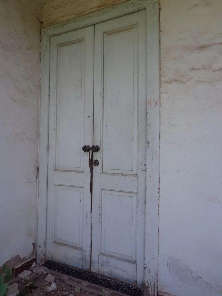 Las 25 mejores ideas sobre antiguas puertas de madera en for Puertas antiguas de madera doble hoja